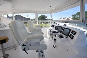 SEA DOZER is a Hatteras 80 Motoryacht Yacht For Sale in Jupiter--38