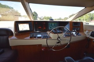 SEA DOZER is a Hatteras 80 Motoryacht Yacht For Sale in Jupiter--35