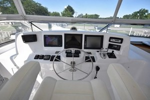 SEA DOZER is a Hatteras 80 Motoryacht Yacht For Sale in Jupiter--42