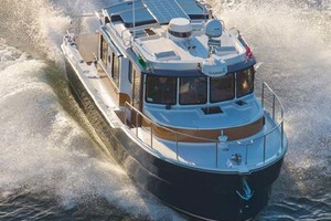 31' Ranger Tugs 31 Sedan 2017   FROM ABOVE