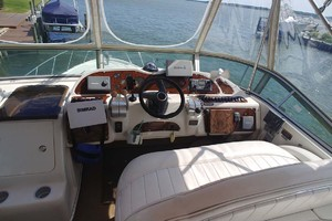 46' Maxum 46 Scb 2001  Flybridge Electronics