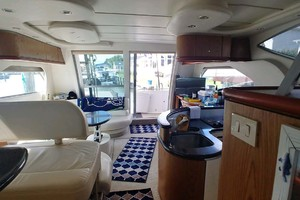 46' Maxum 46 Scb 2001 Salon Looking AFt