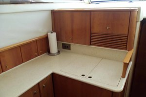 46' Viking 46 Flybridge Yacht 1999 Galley fore