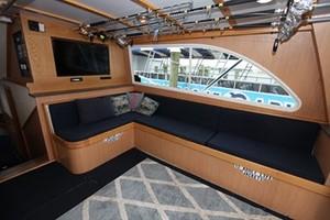 50' Henriques 50 Enclosed Bridge Convertible 2004