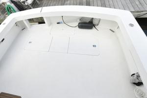 47' Viking 47 Convertible 1997 Cockpit