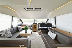 50' Prestige 500 Flybridge 2017 Salon