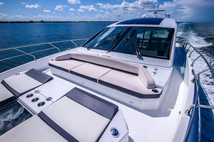 60' Cruisers Yachts 60 Cantius 2017 Bow view 2