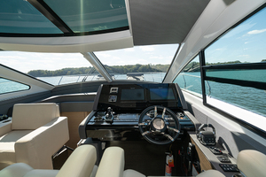 60' Cruisers Yachts 60 Cantius 2017 Helm view 3