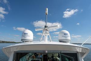 60' Cruisers Yachts 60 Cantius 2017 Radar