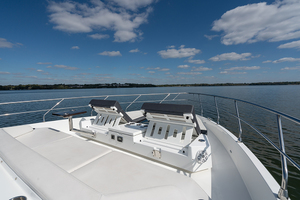 60' Cruisers Yachts 60 Cantius 2017 Bow area