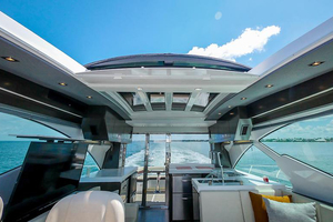 60' Cruisers Yachts 60 Cantius 2017 Sun roof in upper salon