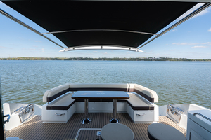 60' Cruisers Yachts 60 Cantius 2017 Cockpit with sunshade
