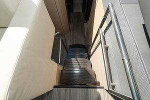60' Cruisers Yachts 60 Cantius 2017 Stairs down to the cabin/staterooms