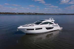 60' Cruisers Yachts 60 Cantius 2017 Port profile 5