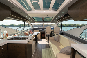 60' Cruisers Yachts 60 Cantius 2017 GalleySalonlookingforward