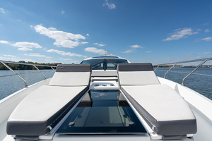 60' Cruisers Yachts 60 Cantius 2017 Sun pads view 2
