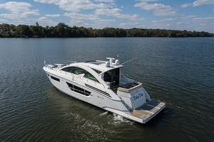 60' Cruisers Yachts 60 Cantius 2017 Port quarter profile