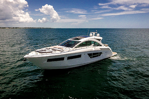 60' Cruisers Yachts 60 Cantius 2017 Port bow profile