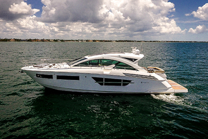 60' Cruisers Yachts 60 Cantius 2017 Port profile