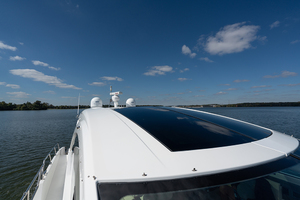 60' Cruisers Yachts 60 Cantius 2017 Sun roof