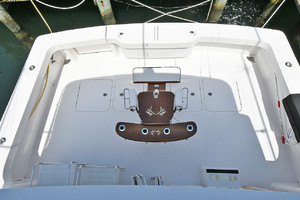 56' Viking 56 Convertible 2006 Cockpit View from Flybridge