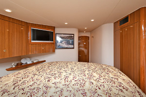 56' Viking 56 Convertible 2006 VIP Stateroom - Aft View