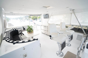 82' Horizon Flybridge Motor Yacht 2001 Flybridge Looking Aft