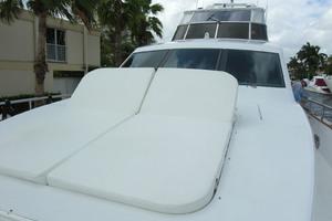 82' Horizon Flybridge Motor Yacht 2001 Bow Sundeck with Raised Back Up