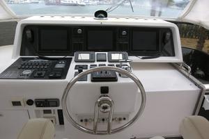 82' Horizon Flybridge Motor Yacht 2001 Flybridge Helm
