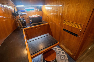 82' Horizon Flybridge Motor Yacht 2001 Crew Area Looking Port