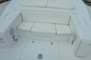 82' Horizon Flybridge Motor Yacht 2001 Bow Seating