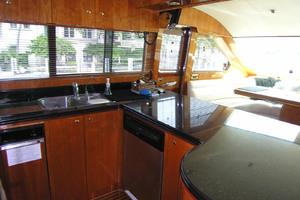 82' Horizon Flybridge Motor Yacht 2001 Galley