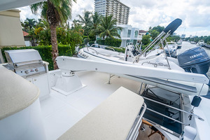 82' Horizon Flybridge Motor Yacht 2001 Boat Deck with SS Grill