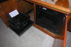 82' Horizon Flybridge Motor Yacht 2001 AV Equipment and Printer Next to Desk in Salon