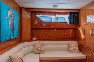 61' Jefferson 61 Marquessa 2001 Captains Library And 4th Stateroom