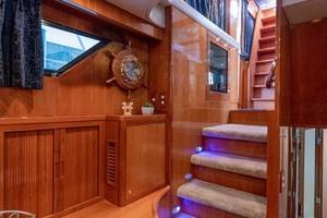 61' Jefferson 61 Marquessa 2001 Stairway Down To Sleeping Quarters