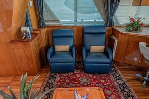 61' Jefferson 61 Marquessa 2001 Super Comfortable His And Her Recliners