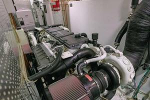 61' Jefferson 61 Marquessa 2001 Engine Room