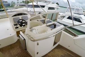 60' Pearl 60 Motor Yacht 2012