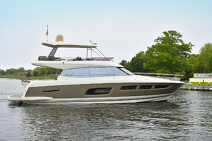 55' Prestige 550 Flybridge 2016 Starboard Side