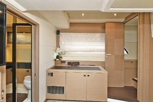 55' Prestige 550 Flybridge 2016 MasterStateroomEntry
