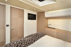 55' Prestige 550 Flybridge 2016 VIP Stateroom