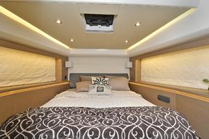 55' Prestige 55 Flybridge 2016 VIP Stateroom