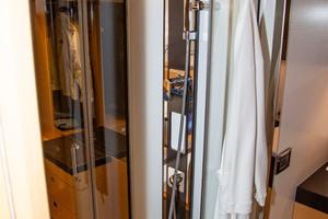 55' Prestige 550 Flybridge 2014 Master Stall Shower