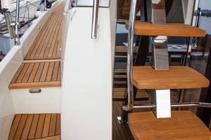 55' Prestige 550 Flybridge 2014 Teak Decking