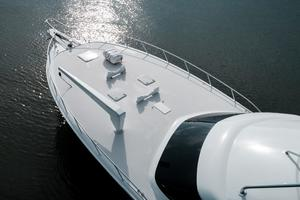 60' Hatteras 60 Gt 2008 Bow