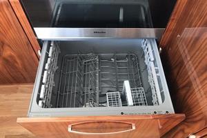 54' Riviera  2019 Dishwasher