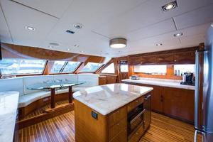 96' Hargrave Skylounge 2005 Galley