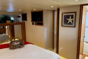 65' Pacific Mariner 65s 2000 Master Stateroom Portside Forward View