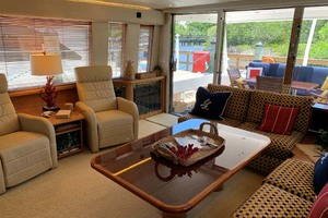 65' Pacific Mariner 65s 2000 Starboard View Salon Looking Aft